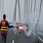 Action des cheminots sur le pont de Normandie le 12 juin 2018 photo n°7